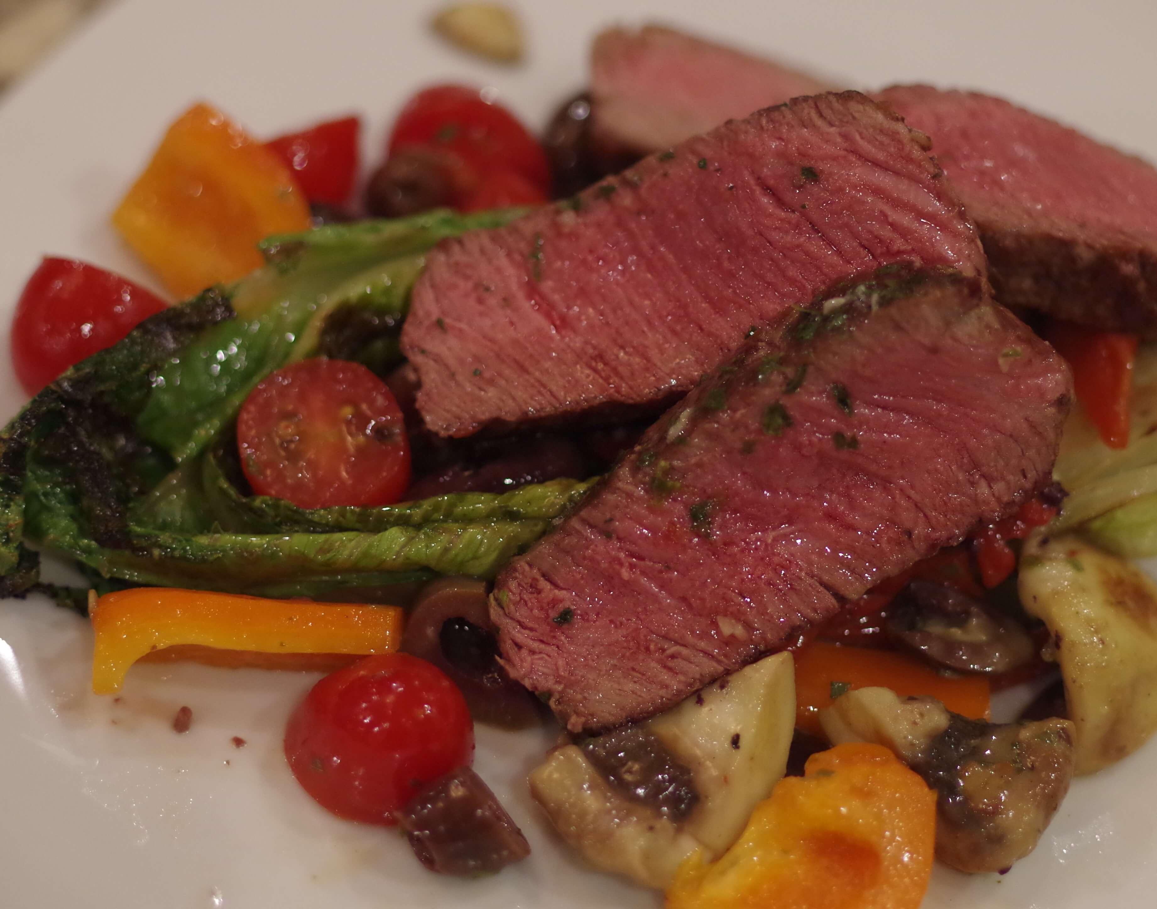 Tuscan Salad with Steak